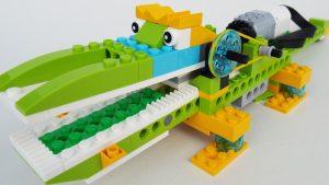 Hungry alligator Lego robot
