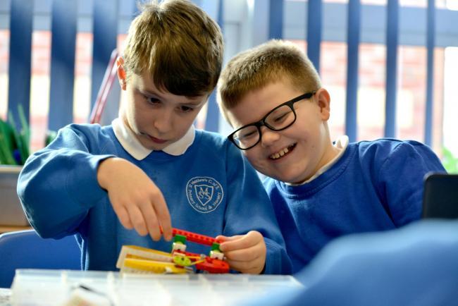 JuniorSTEM Lego workshop