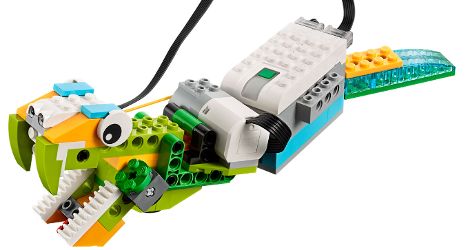 Lego Wedo 2.0 snake primary school workshop